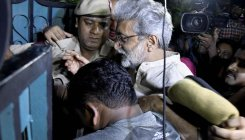 Gautam Navlakha moves Bombay HC, seeks to quash FIR