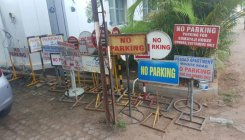 55 'no parking' boards seized in Mangaluru