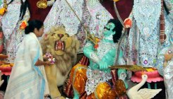 Kolkata witnesses3rd edition of Durga Puja carnival