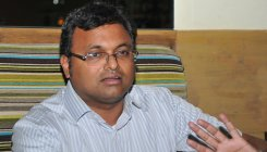SC declines urgent hearing on Karti's plea to go abroad
