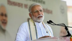 Congress supports urban Maoists, says Modi