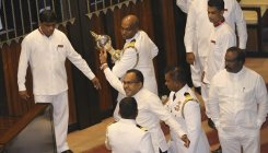 'Sri Lanka has no PM, cabinet after no-confidence vote'
