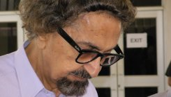 Noted theatre personality Alyque Padamsee dead at 90