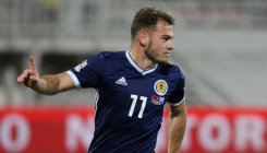 Scotland close in on promotion