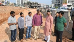 'Govt delayed building flyovers in M'luru'