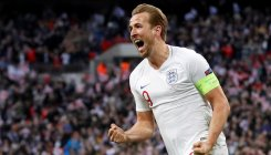 Battling England overcome Croatia