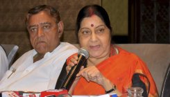 Sushma shock for BJP in poll-bound MP