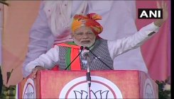 'Kamdar' in fight against 'naamdar' this election: Modi