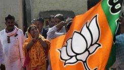BJP and Cong race to win Meena favour