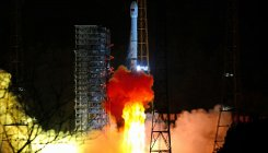 Chang'e-4: China mission launches to far side of Moon