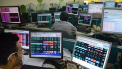 Sensex cracks over 550 pts; Nifty drops below 10,600