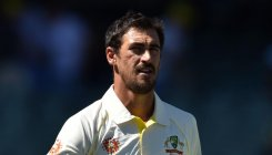 Johnson offers Starc help