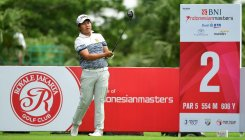 Kapur lies tied seventh, Lahiri T11