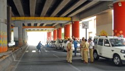 Deputy CM's pillar inspection halts peak-hour traffic