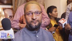 Imran Khan should learn from India: Owaisi