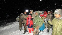 Army rescues 150 tourists from Sikkim