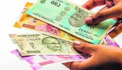 Cops take Rs 35L bribe, suspended