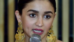 Alia urges CBFC to lift 'ban' on mom's film