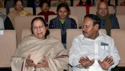Thambidurai appears before Jaya Commission
