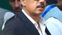 Appear before ED along with mother, HC tells Vadra