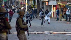 4 journalists hit by pellets during clashes in Kashmir