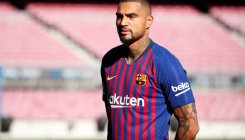 Barcelona make surprise Boateng signing