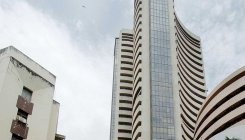 Sensex slumps 336 pts; financial stocks play spoilsport