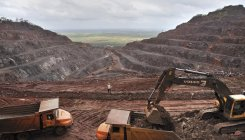 Activists against increasing cap on iron ore extraction