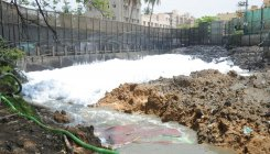 Rs 2000 cr worth silt at Bellandur, Varthur lakes