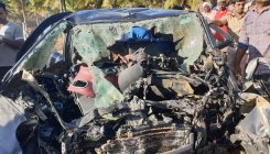 Four killed in mishap, three of them burnt alive in car