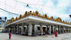 SI's wife loses gold chain at Banashankari Temple