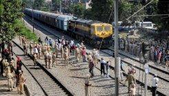 Train derails near Jaipur