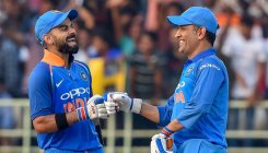 Loyal Kohli backs Dhoni