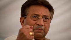 Musharraf asks Pak court to delay trial in treason case