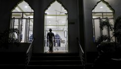 Deepened ethnic divide in Sri Lanka has Muslims afraid