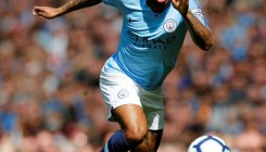 Man City on brink as Liverpool cling to hope