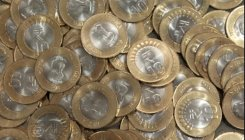 Despite RBI orders, no takers for Rs 10 coin in Manipur