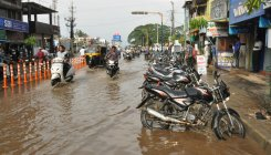 Heavy rain lashes Mysuru, Chamarajanagar districts