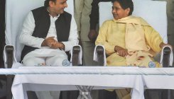 Mayawati meets Akhilesh after exit polls projections