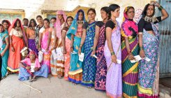 Kundgol, Chincholi see good turnout in byelections