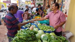 Organic farmers, buyers unite to avoid middlemen