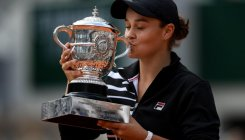 Barty blooms big time in Paris