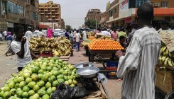 Sudan: Strike ends, some shops open but residents wary