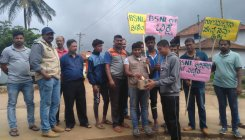 Maragodu villagers protest in unique way