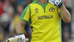 Finch ton, Starc spell powers Australia