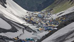 5,522 pilgrims leave Jammu for Amarnath cave shrine