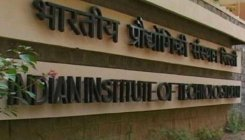 'No plan to set up coaching centres for IIT aspirants'