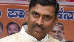 Expect BJP govt in K'taka next week: Muralidhar Rao