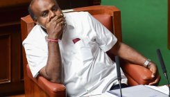 BJP mounts pressure on HDK to resign