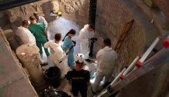 Vatican opens burial chambers in hunt for princesses